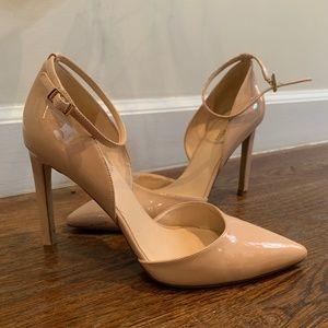 nude patent leather heel